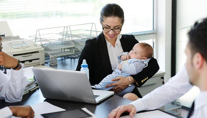 Asesor laboral. Baja por maternidad.